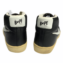 Load image into Gallery viewer, 9.5 Bape Black Leather Skullsta hi