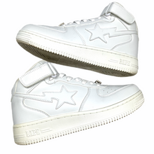 Load image into Gallery viewer, 8 Bape Triple White Leather Sta
