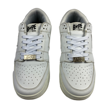 Load image into Gallery viewer, 9 Bape Triple White Leather Sta With Box