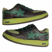 Load image into Gallery viewer, 9.5 Bape Green Leather Heel logo Sta