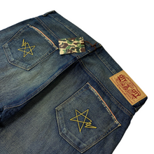 "Load image into Gallery viewer, XL 36"" x 34"" Bape Chain Stitch Double Star Denim"