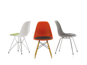 Eames Plastic Chair: Create your own design icon and get a free Vitra tote bag