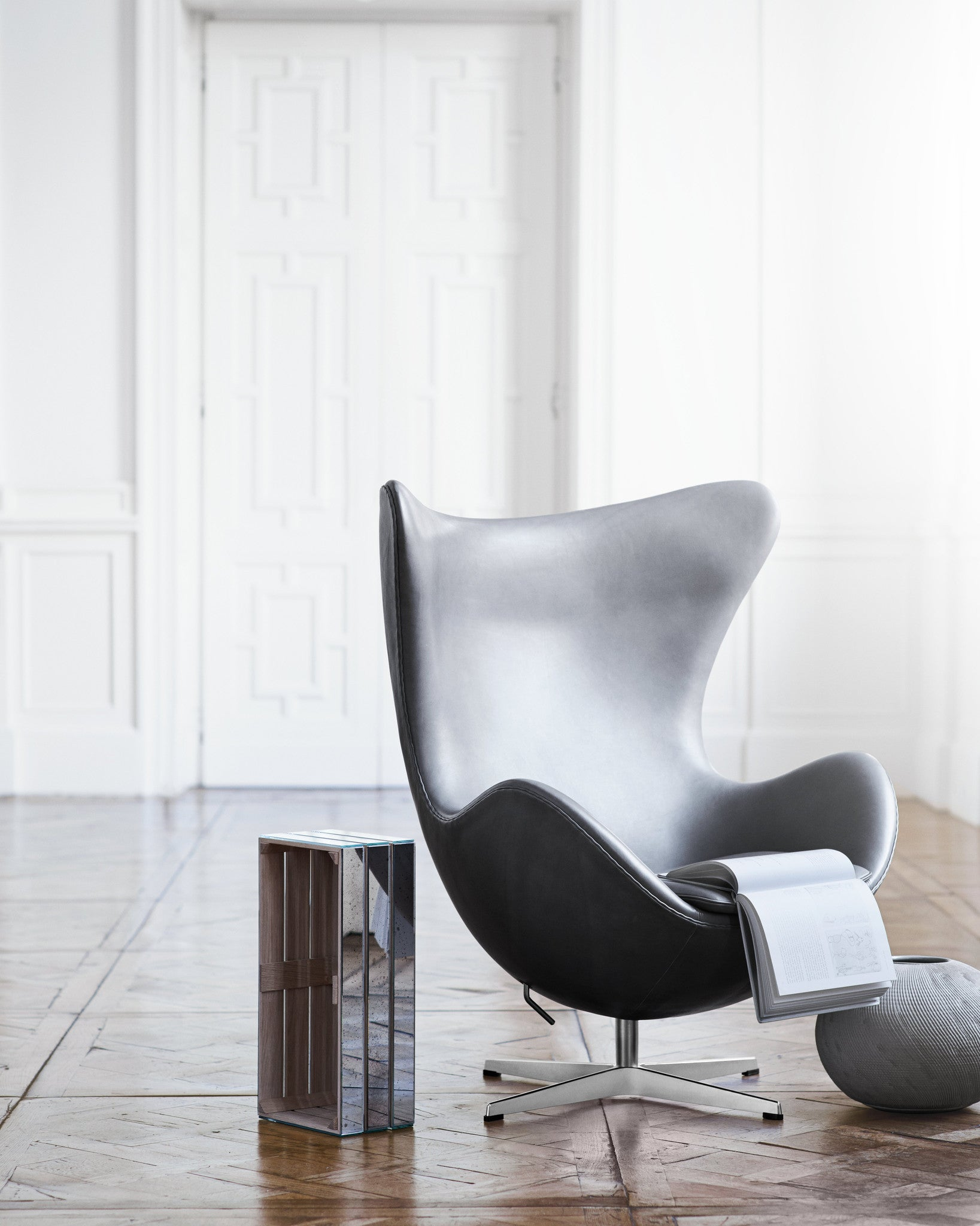 Arne jacobsen egg chair leather - Arne Jacobsen Egg Chair Grey Leather Arne Jacobsen Egg Chair Couch Potato Company
