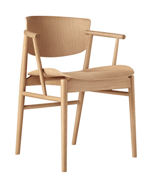 N01 Chair in Oak