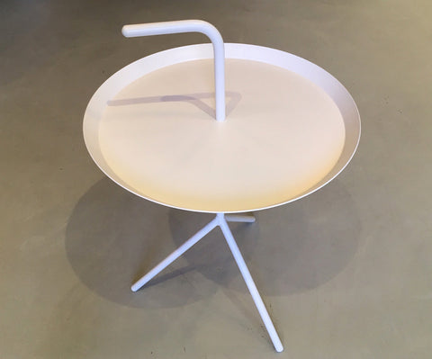 DLM Table in White