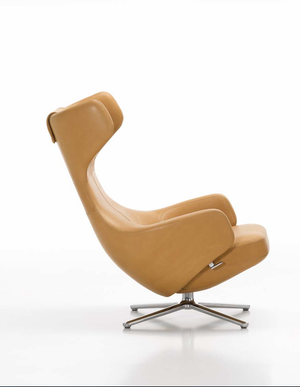 Grand Repos chair in leather (old seat mechanism)
