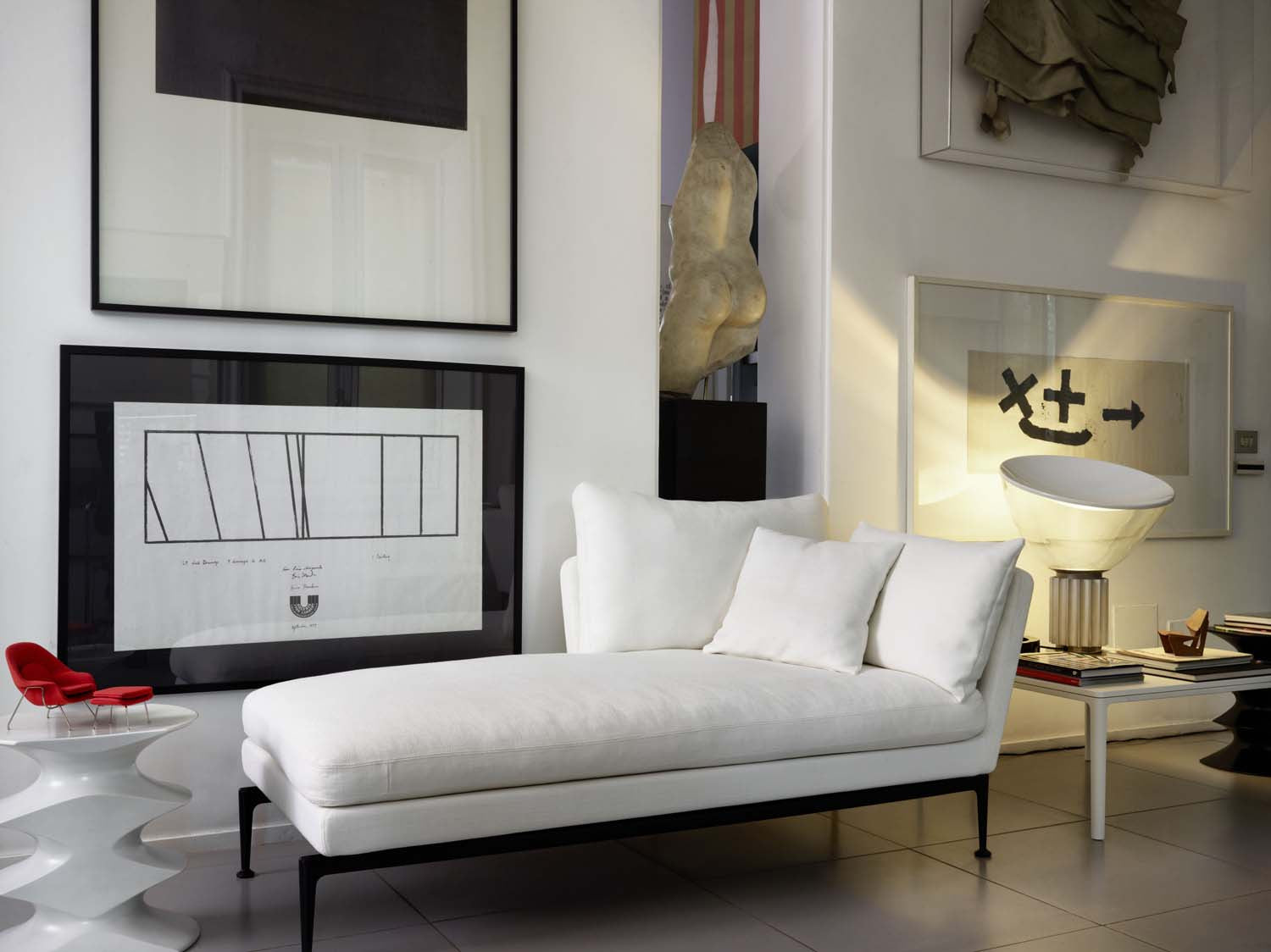 Suita Chaise Longue Small Pointed Cushions