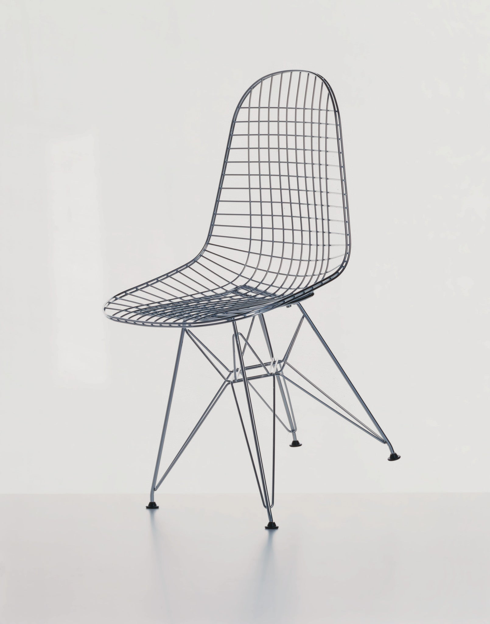 Eames dkr wire chair couch potato company for Chaise eames metal