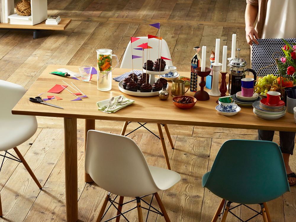 Eames DSW Chair Couch Potato Pany