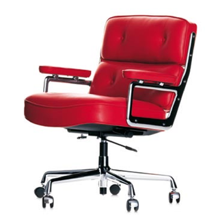ES 104 Eames Lobby Chair red leather