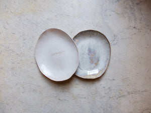 myhungryvalentine-studio-ceramics-custom-egg-shaped-dishes-set-gus-cam-top