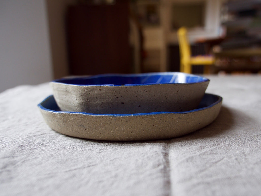 myhungryvalentine-studio-ceramics-seconds-roundservingdishessetof2-side