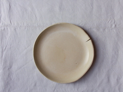 myhungryvalentine-studio-ceramics-seconds-simple-pastaplate-19-satincream-top