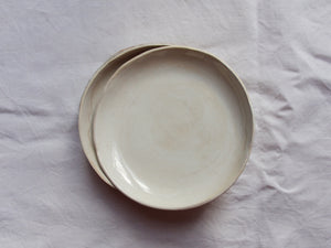 myhungryvalentine-studio-ceramics-simple-pastaplate-19-cloudywhite-top-stacked
