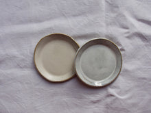 Load image into Gallery viewer, myhungryvalentine-studio-ceramics-simple-plate-11-cloudywhite-satincream-top
