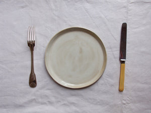 myhungryvalentine-studio-ceramics-simple-plate-21-cloudywhite-cutlery