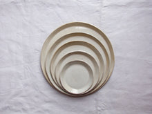 Charger l'image dans la galerie, myhungryvalentine-studio-ceramics-simple-plate-set-5-cloudywhite-top-2