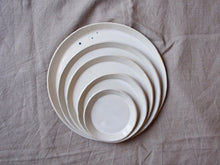 Load image into Gallery viewer, myhungryvalentine-studio-ceramics-simple-seconds-nestingplates-glosscream-stacked-2