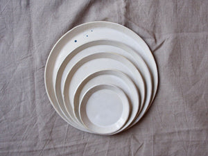 myhungryvalentine-studio-ceramics-simple-seconds-nestingplates-glosscream-stacked-2