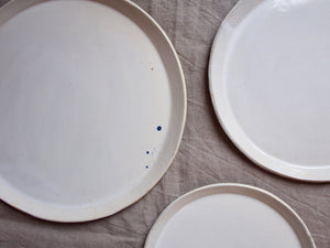 myhungryvalentine-studio-ceramics-simple-seconds-nestingplates-glosscream-zoom-stains