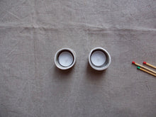 Load image into Gallery viewer, myhungryvalentine-studio-ceramics-simple-tealightholders-medium-mattwhite-pair-top-1