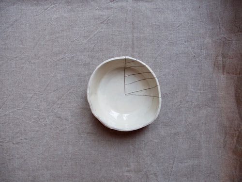 myhungryvalentine-studio-ceramics-stripes-bowl-medium-cream-top