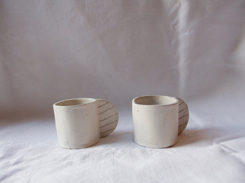 myhungryvalentine-studio-ceramics-stripes-espressocups-medium-mattwhite-side
