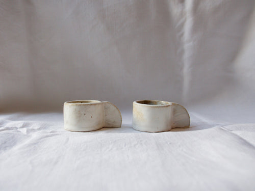 myhungryvalentine-studio-ceramics-stripes-espressocups-small-cloudywhite-side