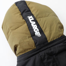 Load image into Gallery viewer, FRONT POCKET HOODED DOWN JACKET JACKET & SPORTSWEAR XLARGE