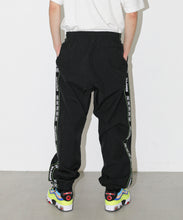 Load image into Gallery viewer, XL x DC TRACK PANTS PANTS XLARGE