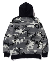 Load image into Gallery viewer, CAMO PULLOVER HOODED SWEAT