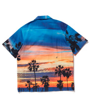 Load image into Gallery viewer, PRINTED S/S BUTTON UP SHIRT XLARGE