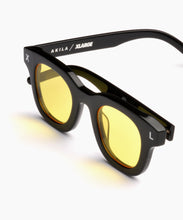 Load image into Gallery viewer, XL x AKILA APOLLO YELLOW LENS ACCESSORIES XLARGE