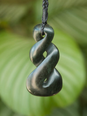 Pikorua/Twist Large Kawakawa Pounamu New Zealand Greenstone Pendant