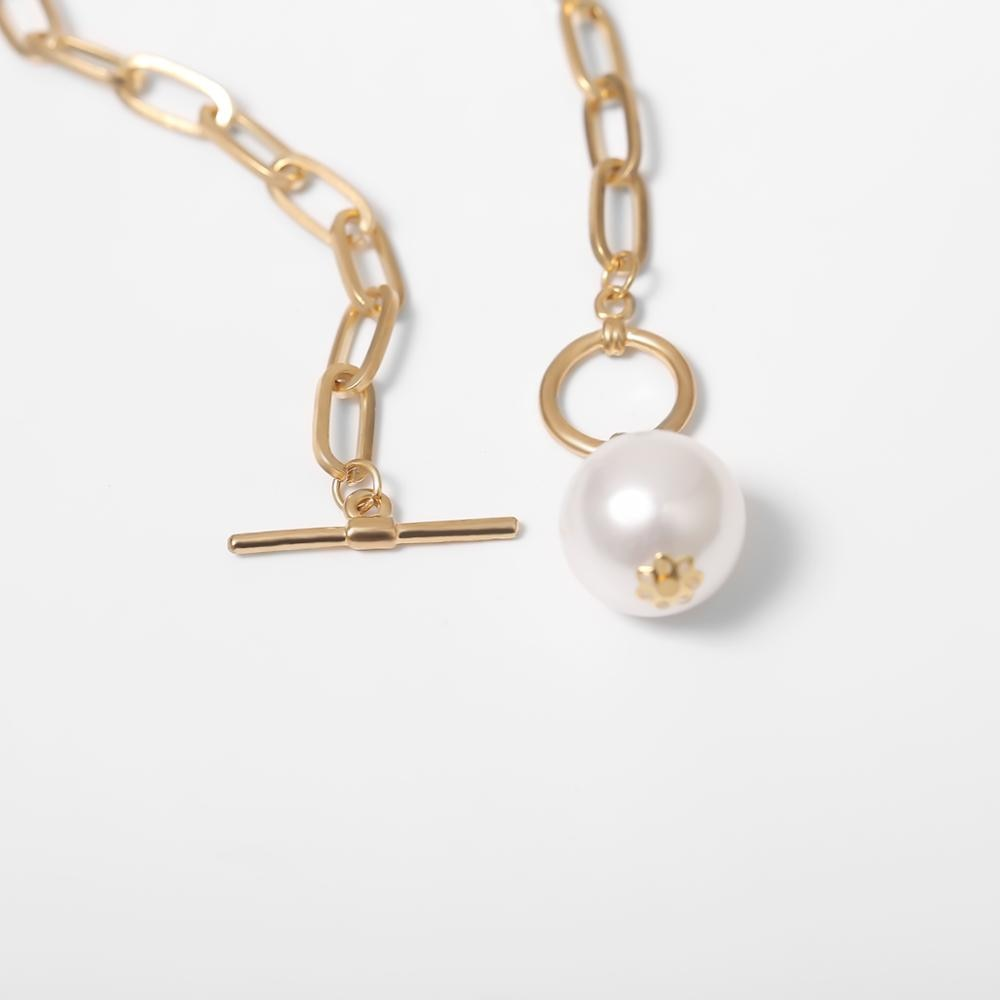 Pearl Pendant Choker Necklace