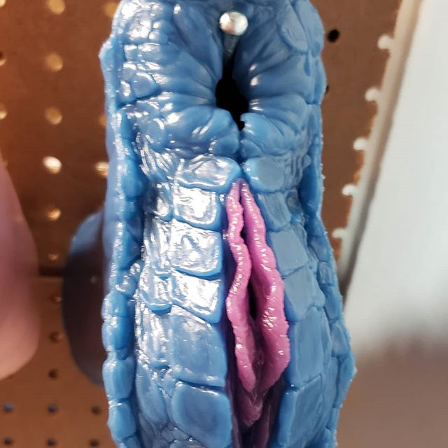 Two Hole Scalie Dragon Sex Toy