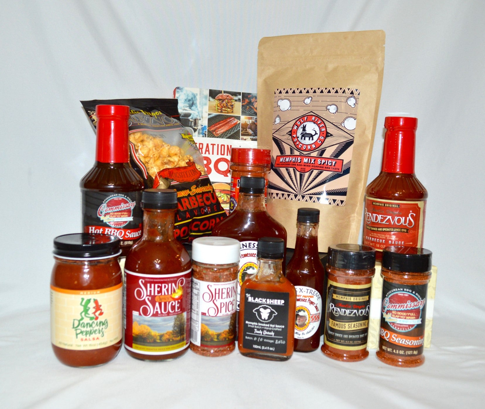 XL Memphis BBQ and Spice Gift Basket - Hot & Spicy