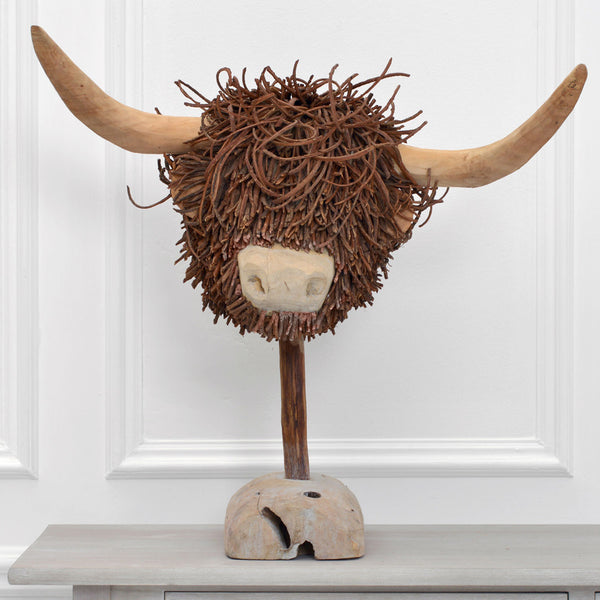 Highland Cow Wooden Ornament - DeWaldens Garden Centre