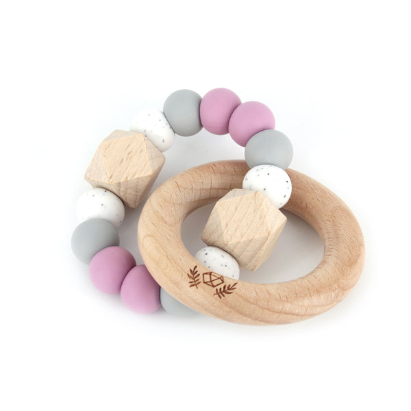 lluie hexx teething rattle dusty mauve - Chalk