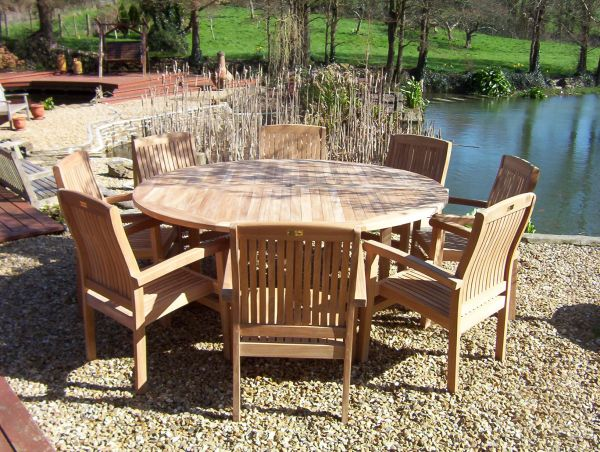 Round Pedestal 1.8m Teak Garden Table