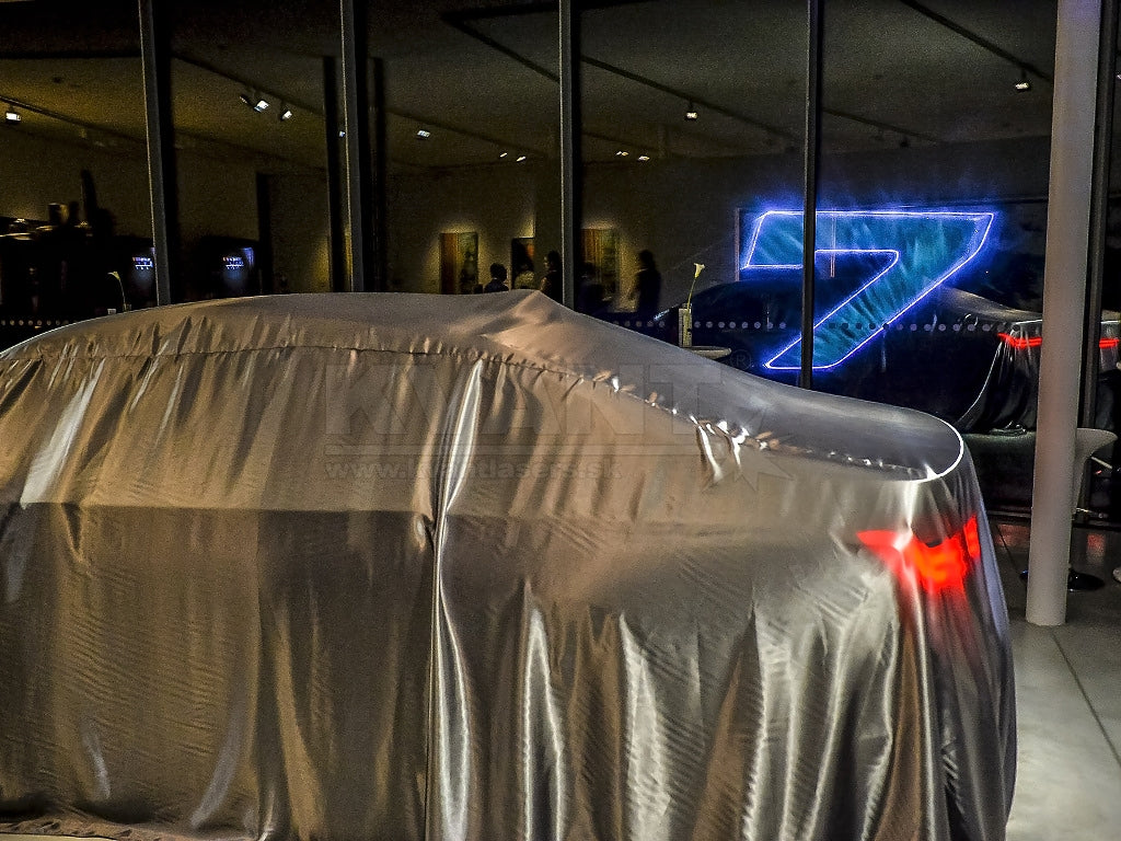 (Introduction of new BMW 7)_2