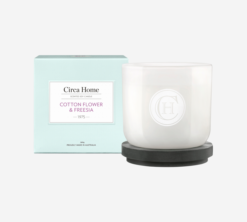 Cotton flower and Freesia Soy Candle