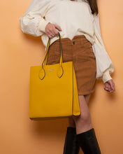 Load image into Gallery viewer, Twinset Handbag Yellow