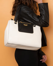 Load image into Gallery viewer, Twinset Handbag White and Black