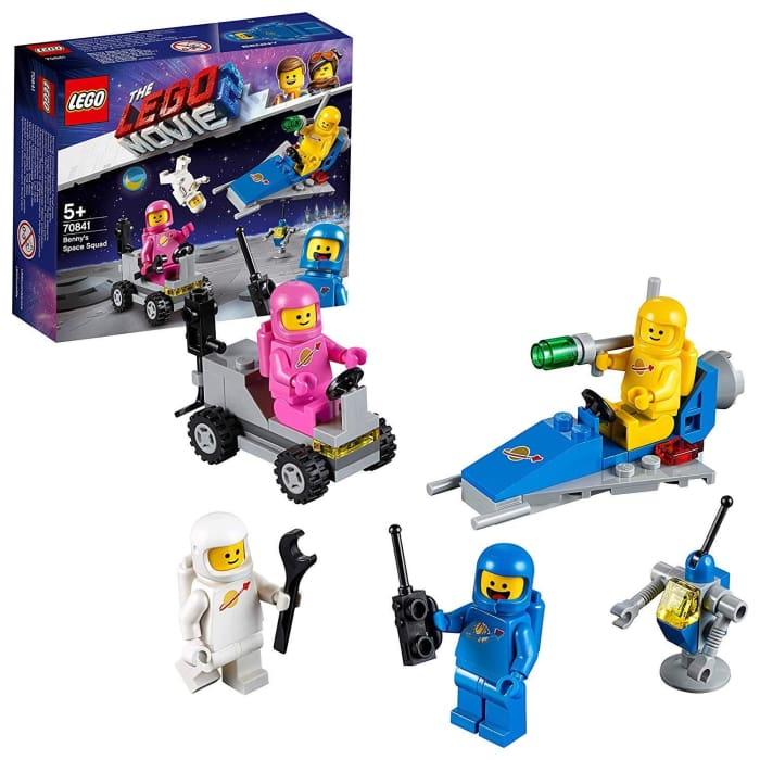 LEGO 70841 MOVIE 2 MINI FIGURES WITH SMALL SPACESHIP AND LUNAR BUGGY BUILDING SET