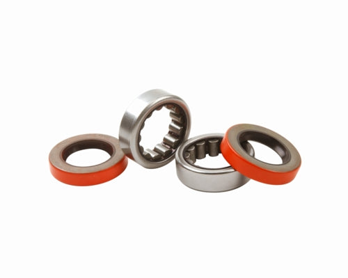 "8.8"" AXLE BEARING AND SEAL KIT - Ford Performance"