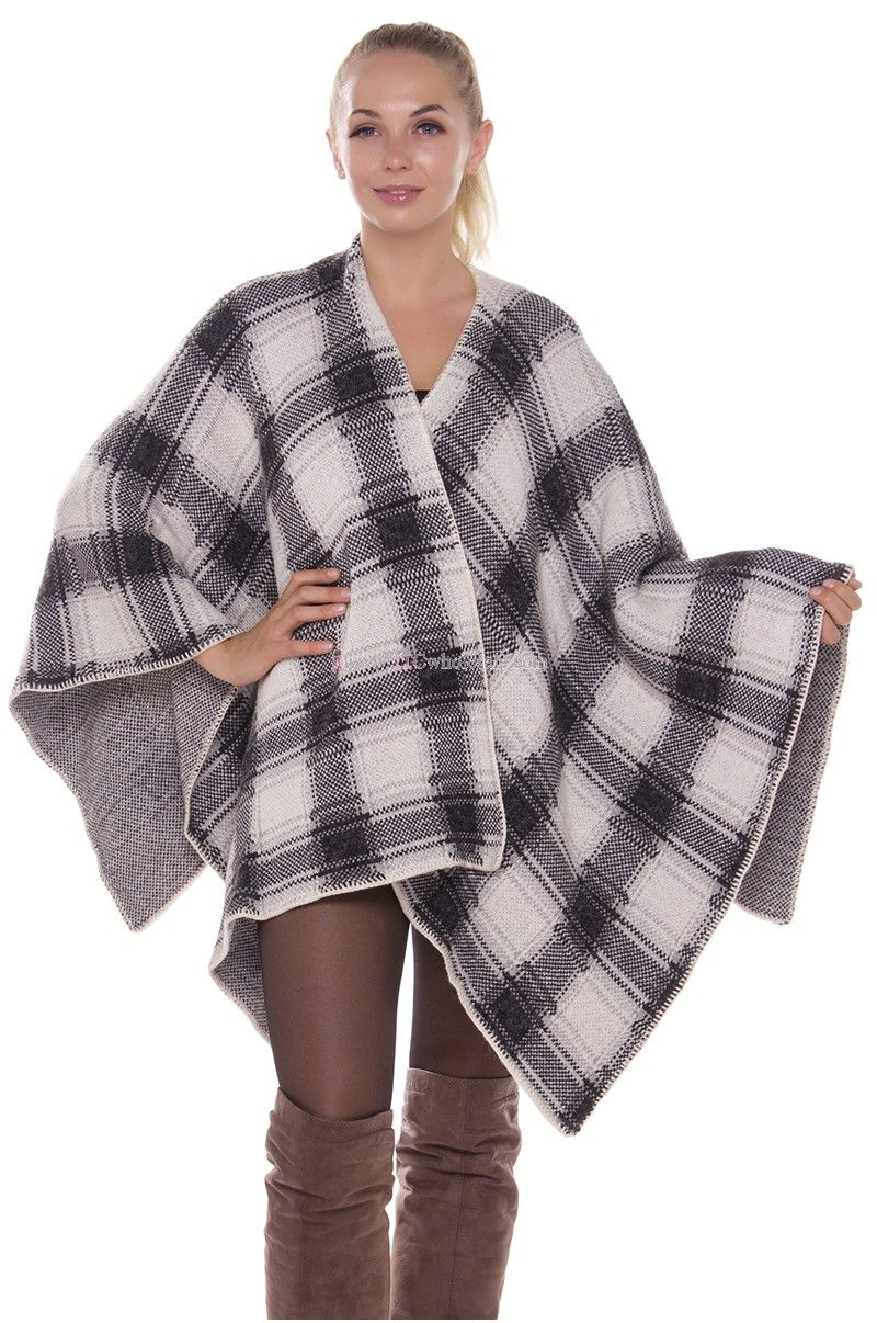 Ruana Plaid Trim Gray