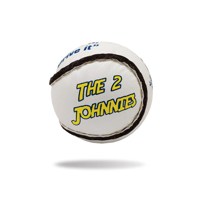 The 2 Johnnies - Sliotar