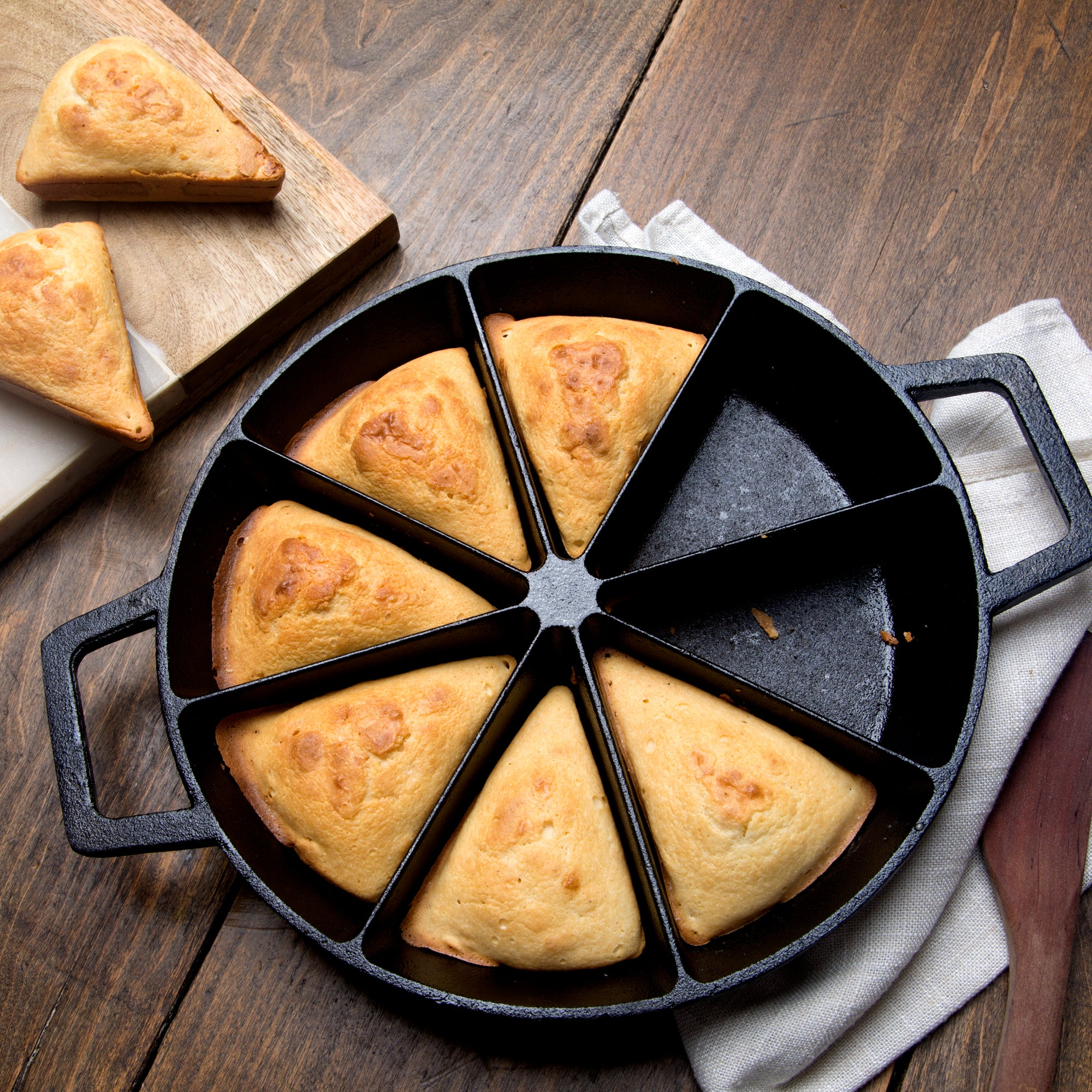 10-in Cast Iron Wedge Cornbread Skillet