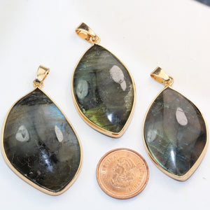 1pc Labradorite,  Gold plated Natural Shape Gemstone Pendant Beads, Rainbow Color, 20-25mm*33-40mm-GEMPD0034
